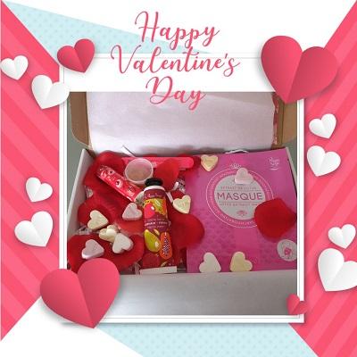 Verras je (geheime) liefde dit jaar met een origineel Valentijnscadeau. Geef eens iets anders dan een bos bloemen, flesje wijn of reep chocola! Een verrassingspakket van Salon Miranda.